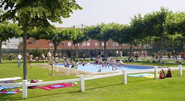 las piscinas de a granxa abren al p blico este martes 17 On piscina climatizada verin